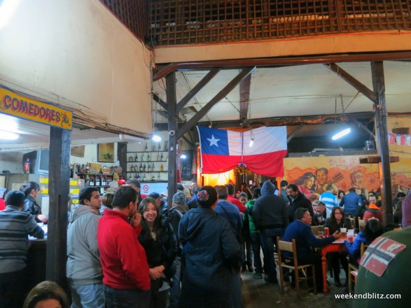The rowdy crowd at La Piojera