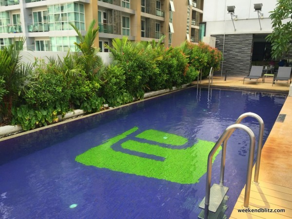 Aloft Bangkok's rooftop pool