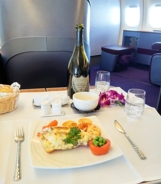 thai-airways-747-400-first-class-pre-ordered-lobster-thermidor11